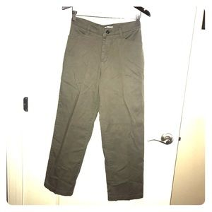 Green high waisted pant